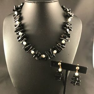 Vintage black and pearl necklace and clip earrings